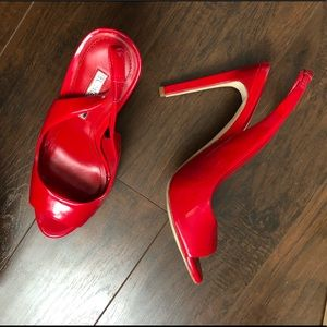 Red Sandals US8
